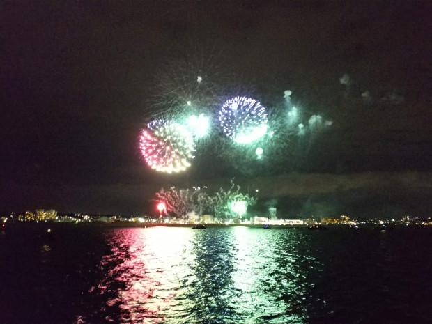 海の上から眺める花火大会!アフターダイブのお楽しみ